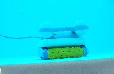 Robot - robottino per pulire la piscina